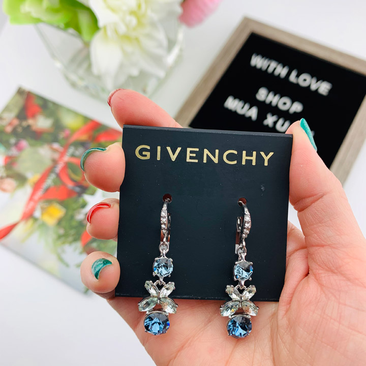 Hoa tai Givenchy Crystal Flower Drop, Blue