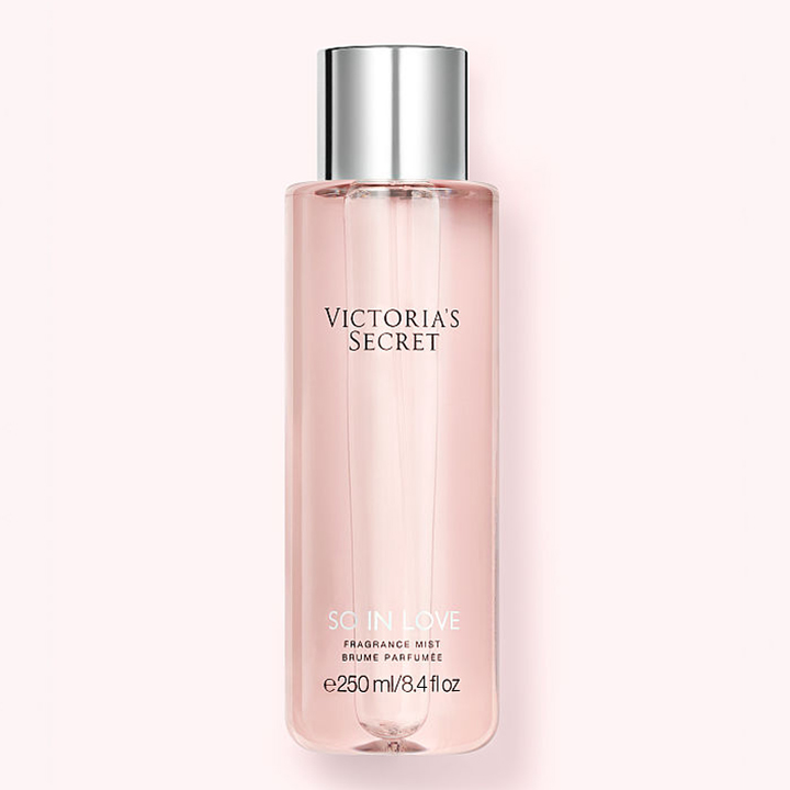 Xịt thơm toàn thân Victoria's Secret - So In Love, 250ml